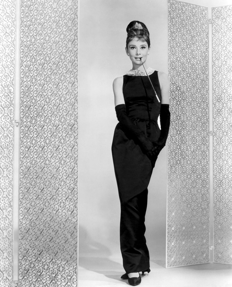 one-most-iconic-givenchy-designs-holly-golightly-black-dress-from-breakfast-tiffany-4b4419ab7acc94315965c1c8a4e8a913.jpg