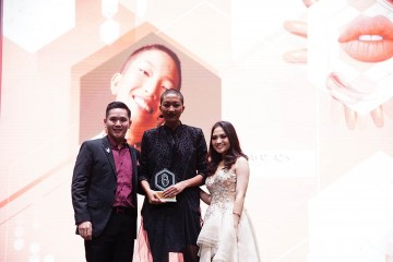#BFA2018 Hayati Azis Raih Penghargaan Model of The Year