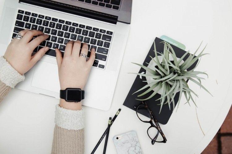 Perlu Kamu Tahu, 7 Hal Keren Ini Bisa Dimiliki Penulis