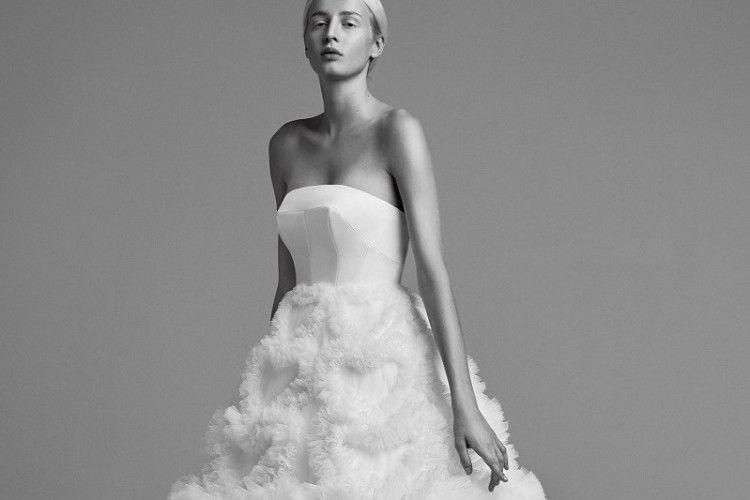 Tips Memilih Gaun Pengantin yang Tepat Sesuai Bentuk Tubuh