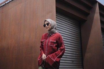 12 Gaya Foto Kekinian Mega Iskanti, Tampil Cantik dengan Hijab