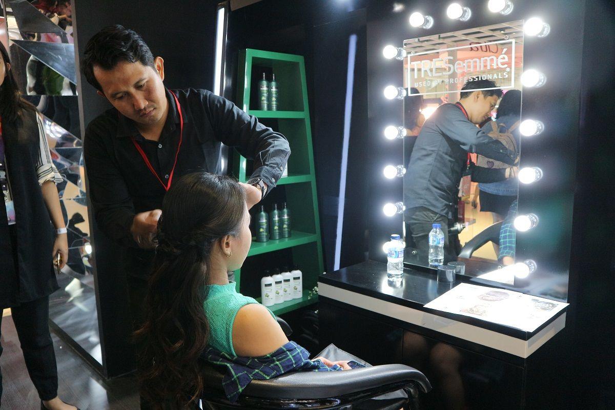 Keseruan Para Beauty Enthusiasts Bersama TRESemmé di Beautyfest 2018