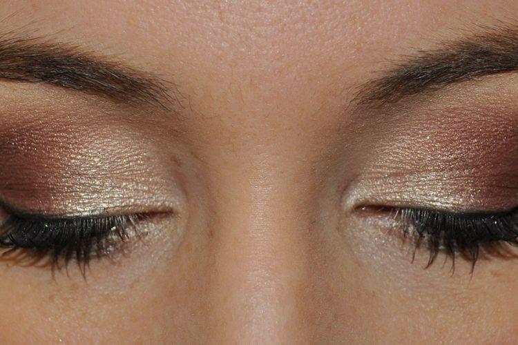 Pulasan Eyeliner Ternyata Menggambarkan Kepribadianmu Lho!