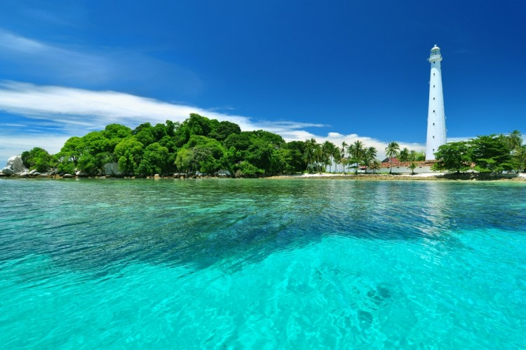 Pesona Bangka Belitung yang Bikin Nggak Mau Pulang Liburan