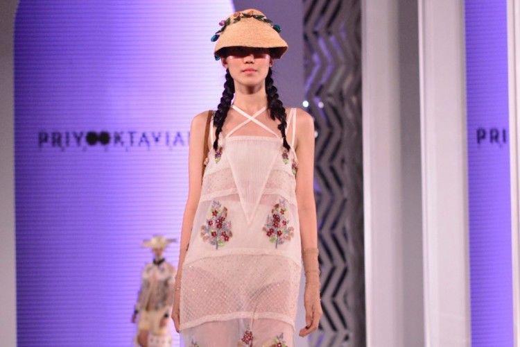 Pembukaan Fashion Nation Diramaikan Oleh 3 Desainer Ternama Indonesia