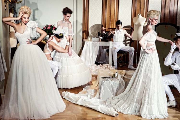 Membeli, Menyewa atau Membuat Gaun Pengantin, Lebih Baik Mana?