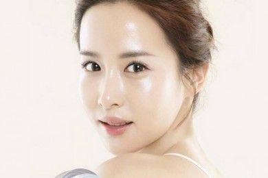 7 Cara Dapatkan Wajah Glass Skin a la Cewek Korea