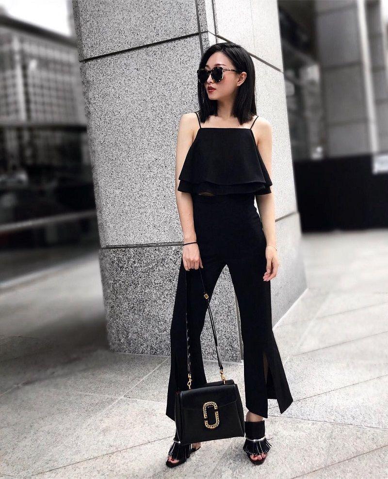 Ini 5 Fashion Item yang Berhasil Buat Tank Top Hitam-Mu Tampak Fashionable