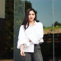 Pevita Pearce Hingga Jessica Mila, Para Artis yang Tampil Modis dengan Busana Putih