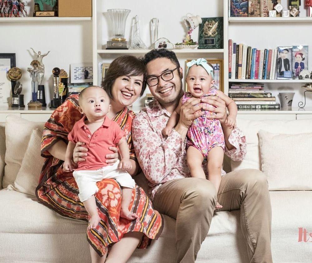 Nggak Kesepian, Ini 7 Pasangan Selebriti yang Dikaruniai Anak Kembar