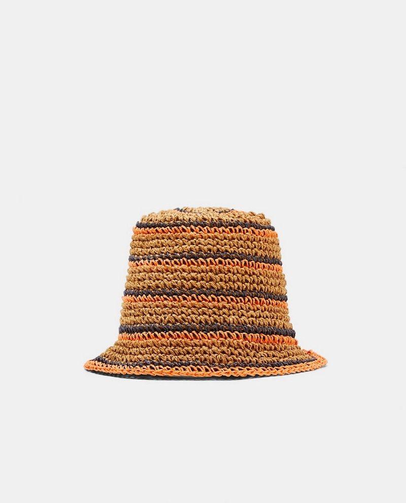 #PopbelaOOTD: Pilihan Topi yang Bisa Kamu Bawa untuk Summer Vacay