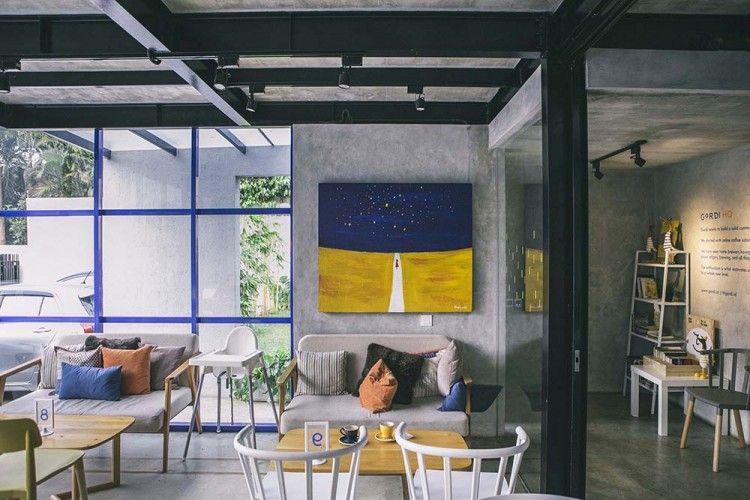 Gordi HQ, Cafe Sekaligus Working Space dengan Dekorasi dan Taman Kece