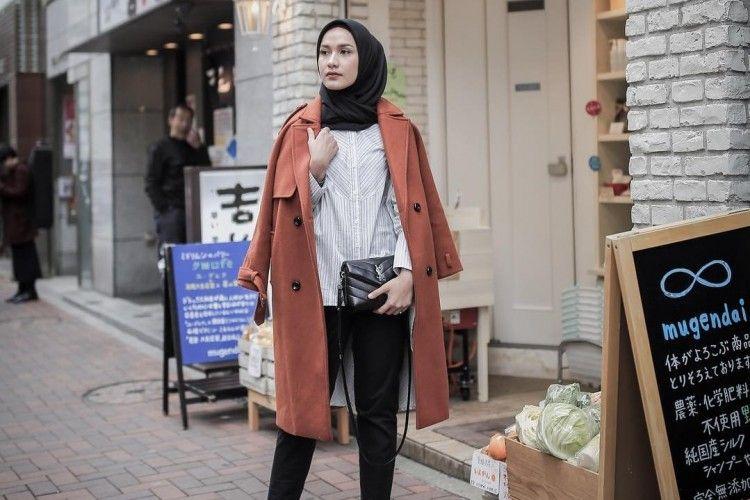 5 Cara Padu-padan Hijab A la Selebgram Kekinian