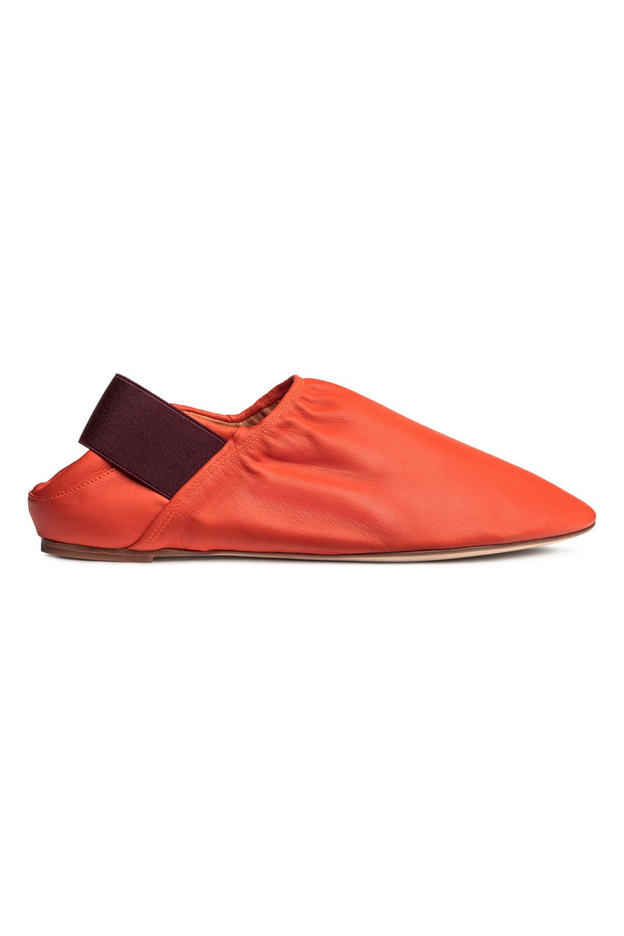 Tampil Kece saat Bukber, Sepatu Kamu Harus On Point
