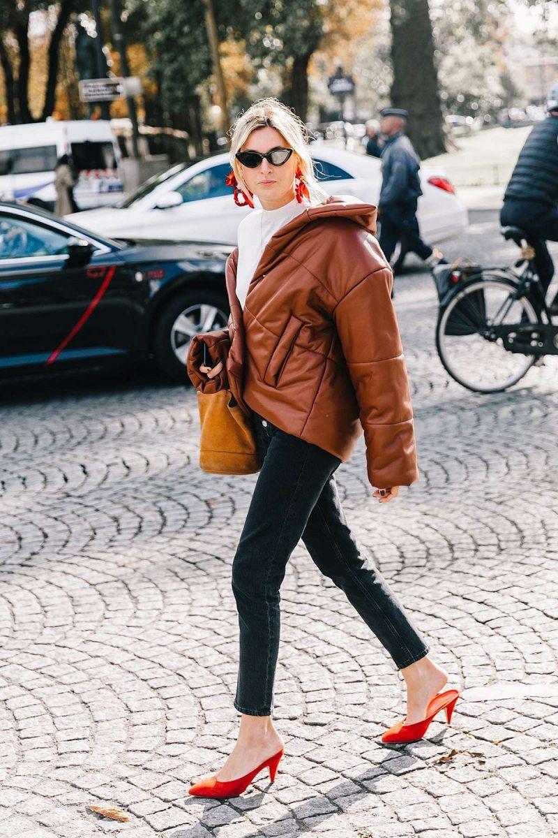 street-style-paris-fashion-week-dia-5-chanel-miu-miu-louis-vuitton-667585177-1200x1800-14d90fdfa4ed355e99da83955c6fb68b.jpg