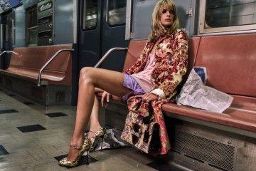 8 Tips Makeup yang Mudah Dilakukan Saat Di Kereta