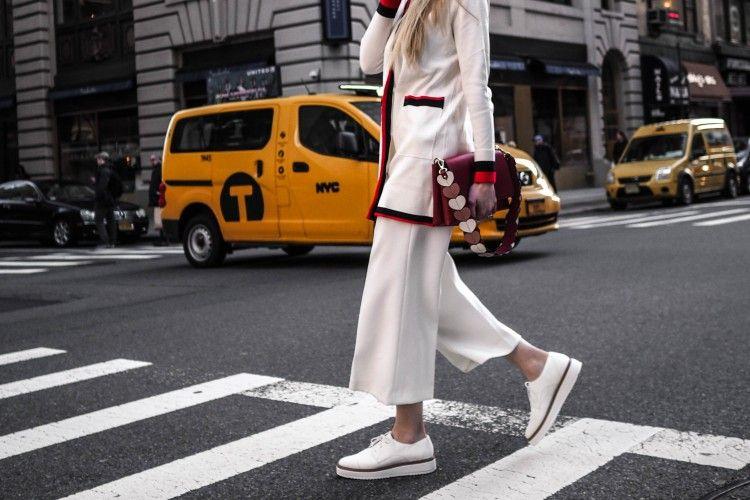 Selain Jeans, Celana Kulot Merupakan Item yang Wajib Dimiliki