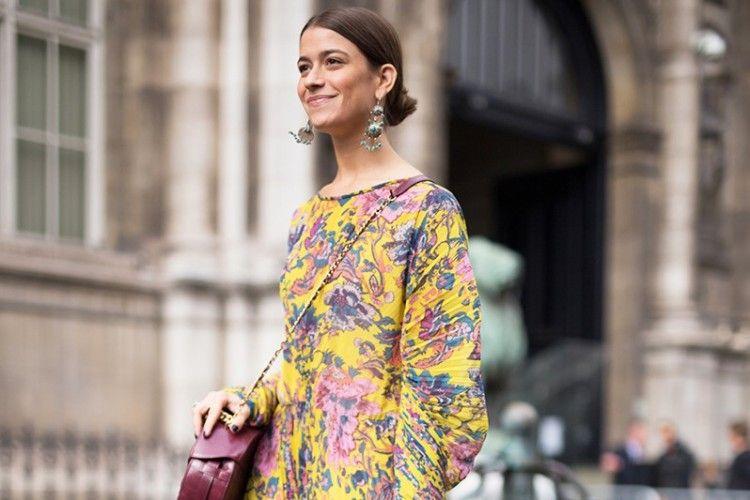 Penampilan Lebih Manis di Bulan Ramadan dengan Busana Motif Floral