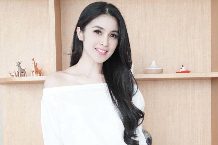 15 Potret Manisnya Keluarga Sandra Dewi yang Diidolakan Banyak Orang