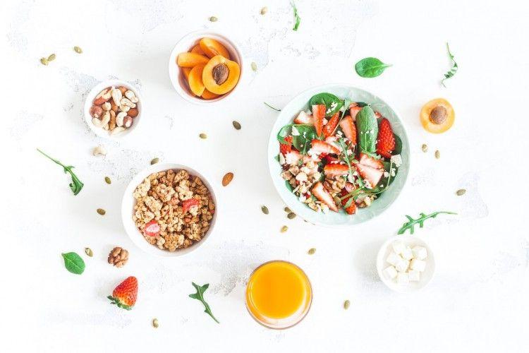 5 Makanan yang Harus Dihindari Penderita Asam Lambung