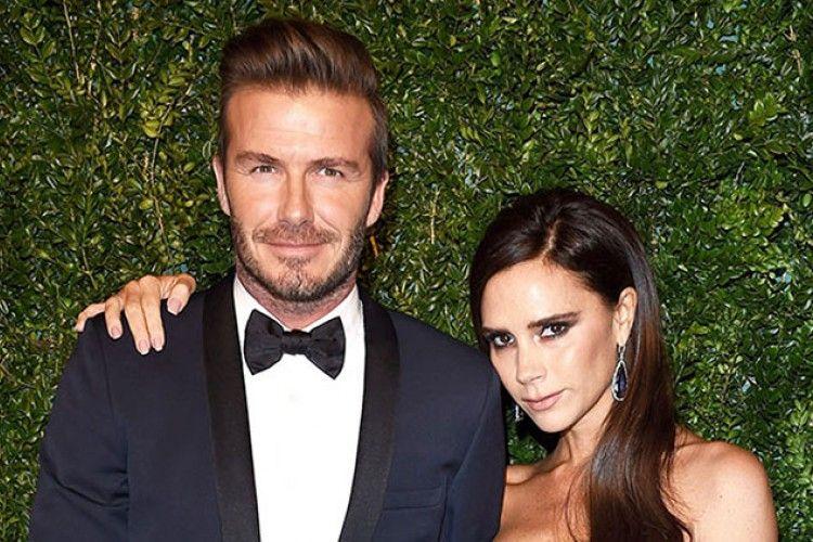 Peduli Korban Teror, David dan Victoria Beckham Lelang Baju Pernikahan