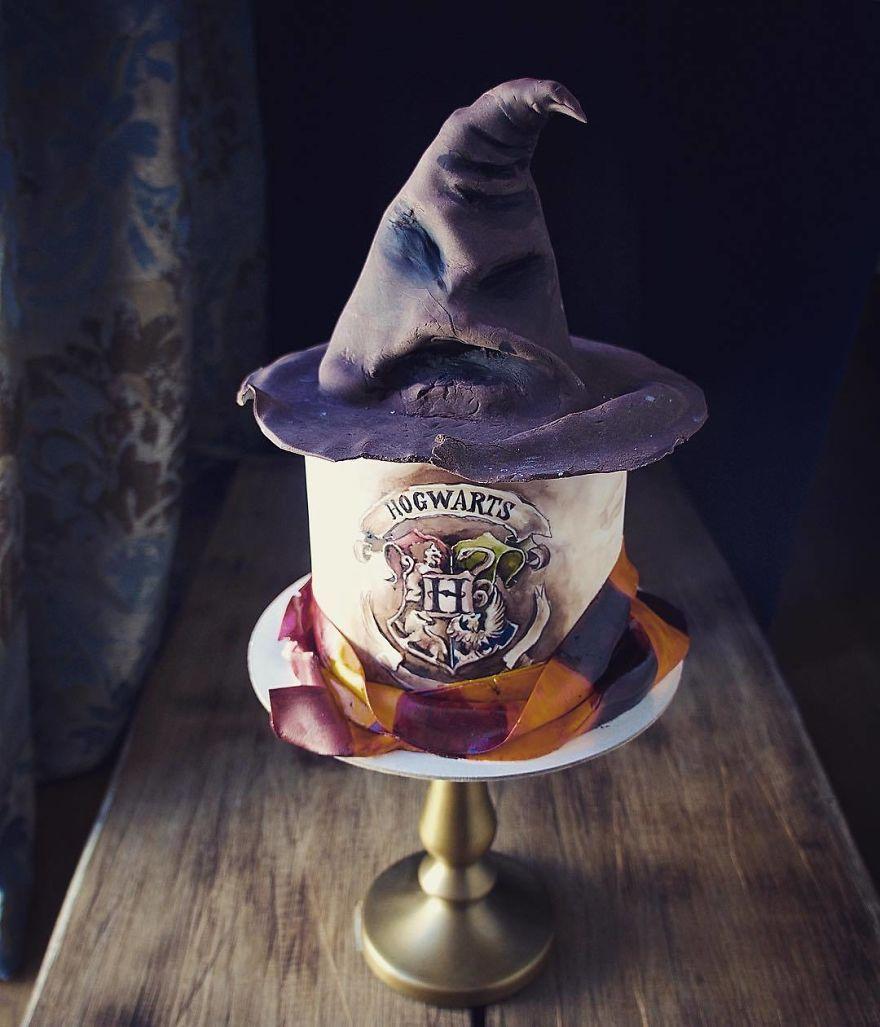 10 Desain Kue yang Berseni Tinggi dan Unik Banget