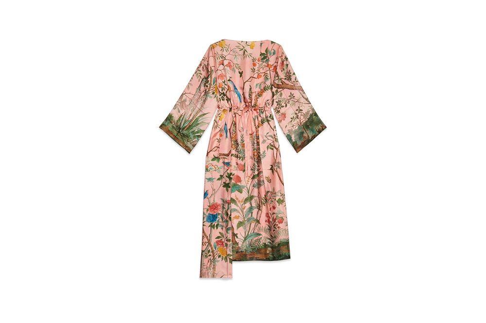 https-hypebeastcom-wp-content-blogsdir-6-files-2018-06-gucci-garden-isabella-cotier-collaboration-capsule-sweaters-leather-handbags-floral-pyjama-17-55b713d6c757952730c87b10c26fbb7e.jpg