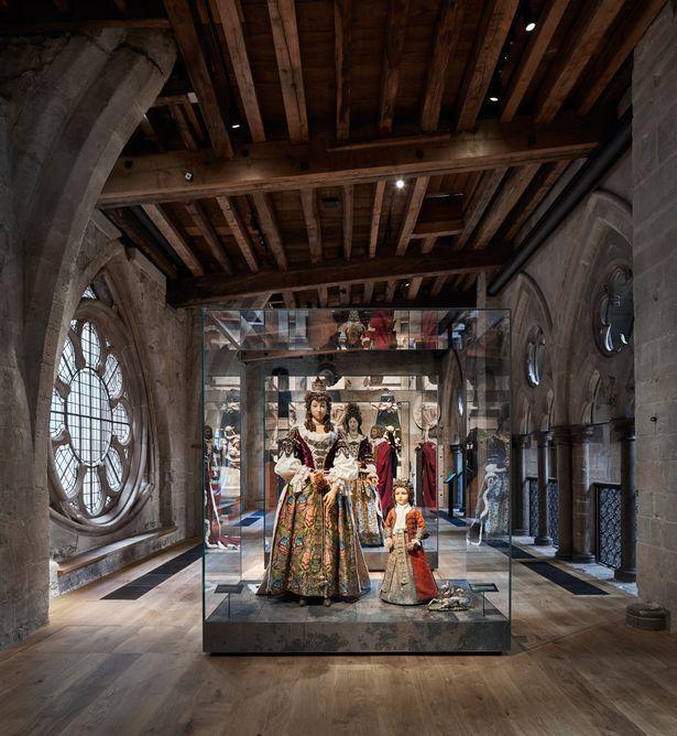 Begini Isi Kastil Kerajaan Inggris yang Akhirnya Dibuka Untuk Umum