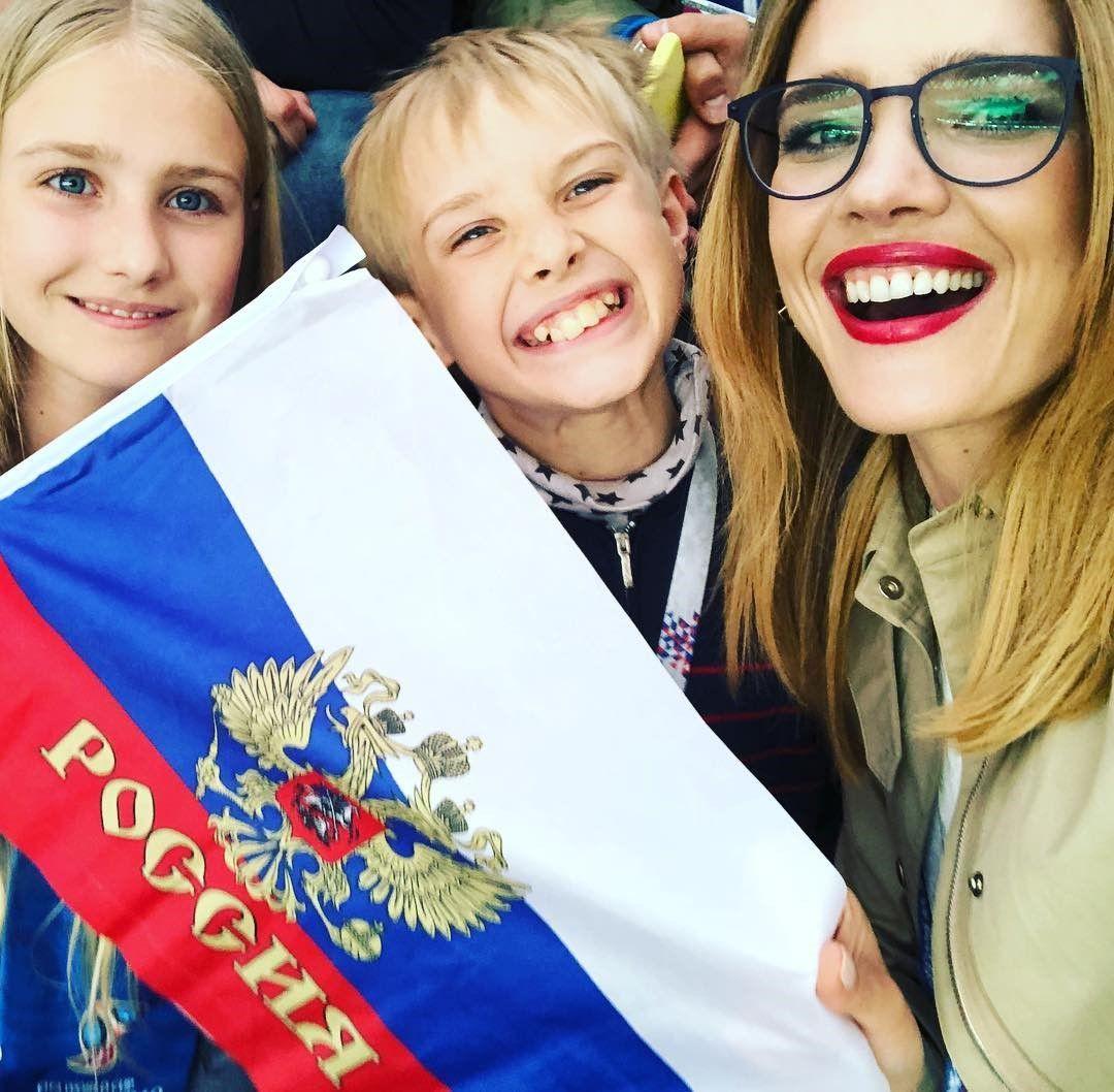 Kenalan dengan Natalia Vodianova, Si Supermodel Rusia yang Membawa Piala Dunia 2018