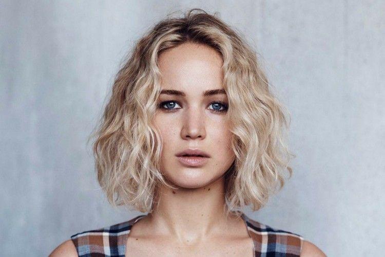 Jennifer Lawrence Terpilih Sebagai Wajah Terbaru Parfum Dior