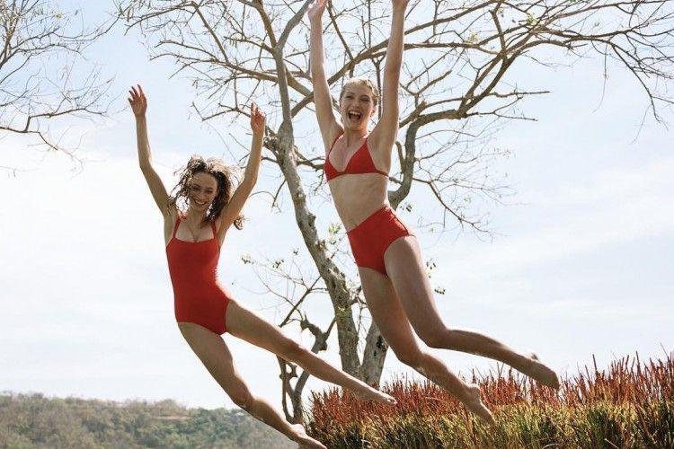 #PopbelaOOTD: Saatnya Upgrade Swimsuit Kamu!