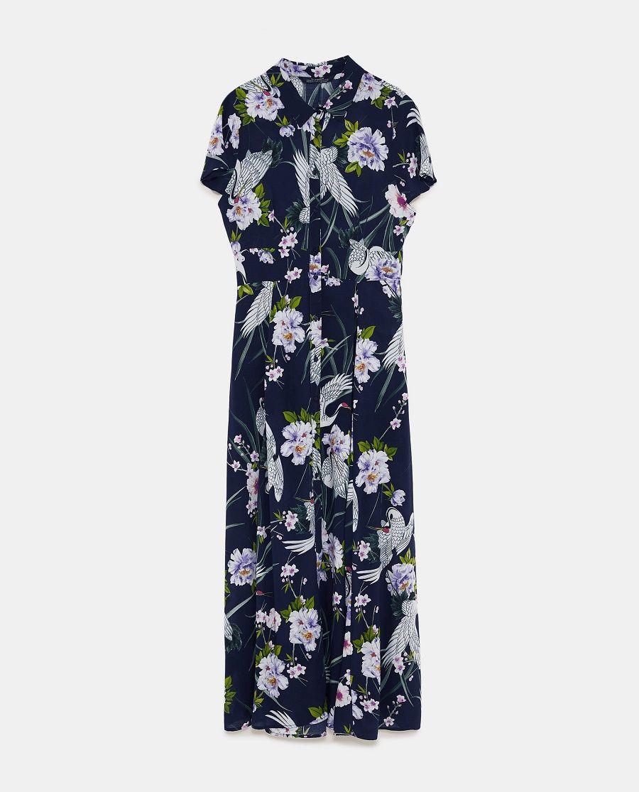 Tampil Manis dengan Dress Motif Bunga