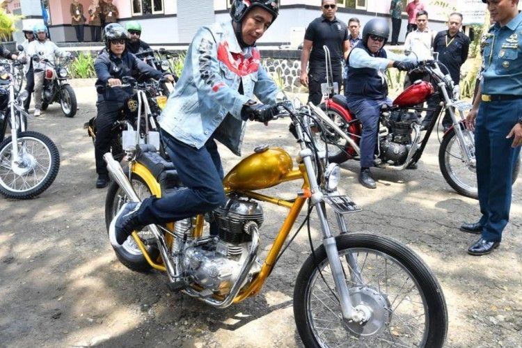 4 OOTD Jokowi yang Enggak Kalah Trendi dengan Millennials
