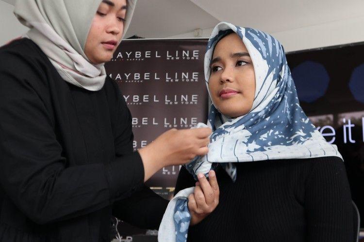 Keseruan Kegiatan Tutorial Hijab Bersama Popbela Community