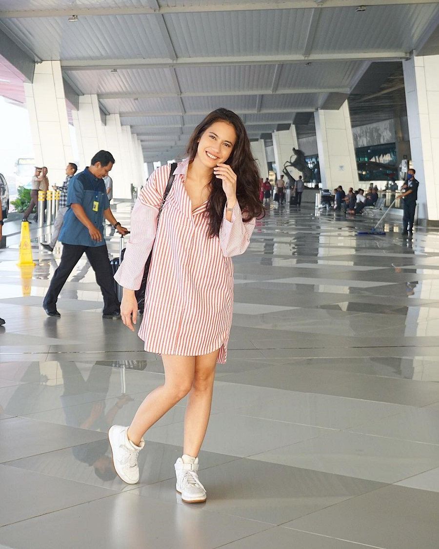 5 Tips Mix n Match Outfit Untuk Weekend dari Pevita Pearce