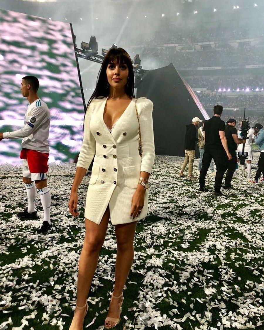 Intip 7 Potret Seksi Georgina Rodríguez, Kekasih Cristiano Ronaldo