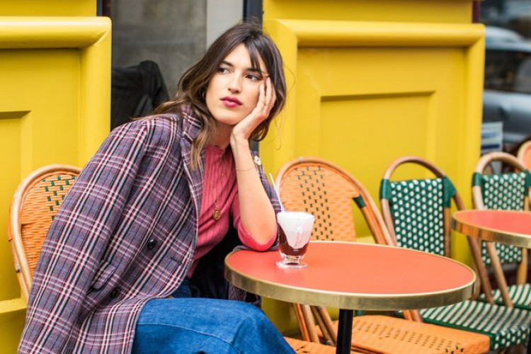 Ini Rahasia French Girl Selalu Tampil Effortless