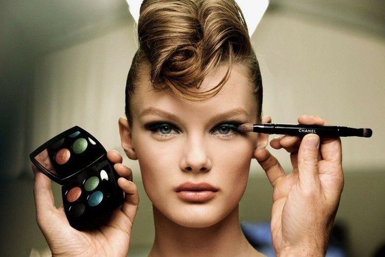 Gaya Makeup yang Berhasil Mencuri Perhatian di Paris Couture Week 2018