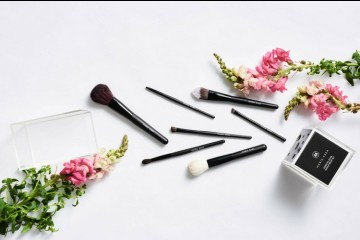 Punya Kegunaan yang Berbeda, Ini 7 Jenis Eyeshadow Brush yang Wajib Kamu Miliki