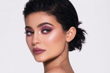 Sukses Bisnis Kosmetik, Ternyata Segini Keuntungan Kardashian-Jenner