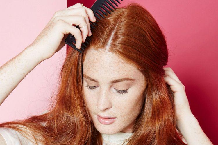 Hindari 5 Kebiasaan Ini Jika Tidak ingin Rambut Terlihat Lepek