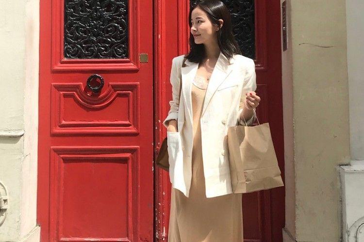 Ini 5 Fashion Item yang Buat Gayamu Chic Seperti Cewek Korea