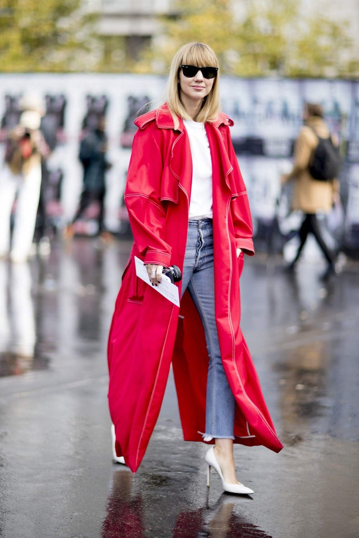 5 Cara Tampil Effortless dengan Outfit Merah