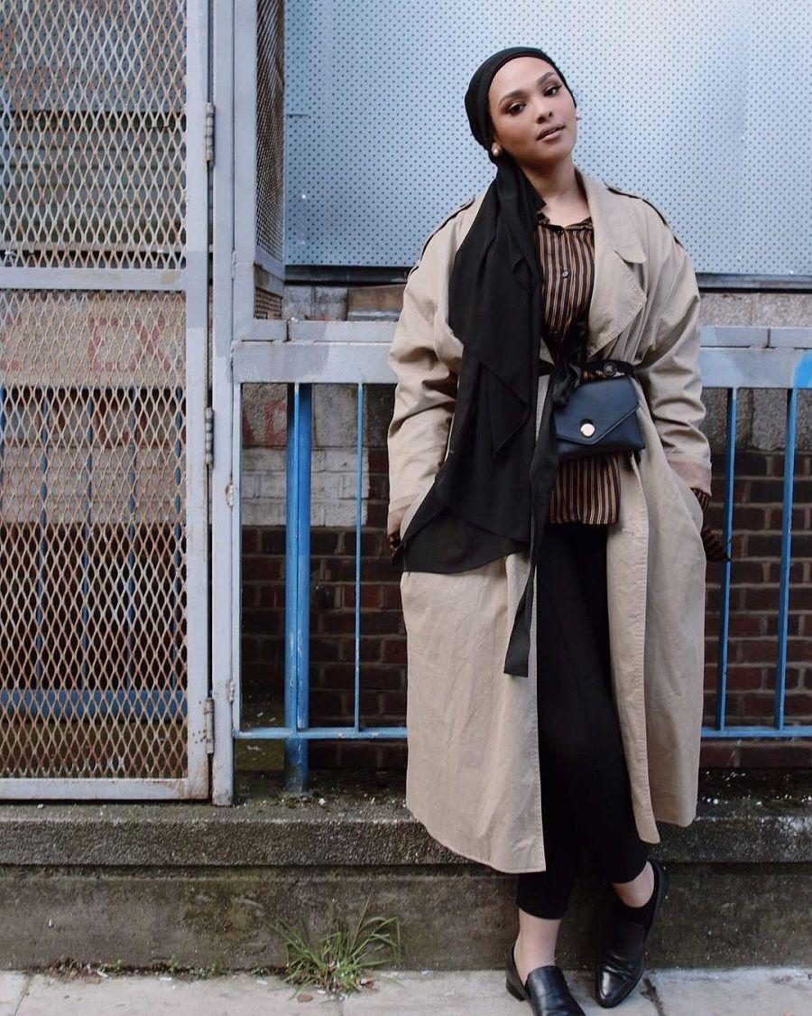5 Cara Tampil Sekeren Manal Jalil, Hijab Blogger Asal Kanada