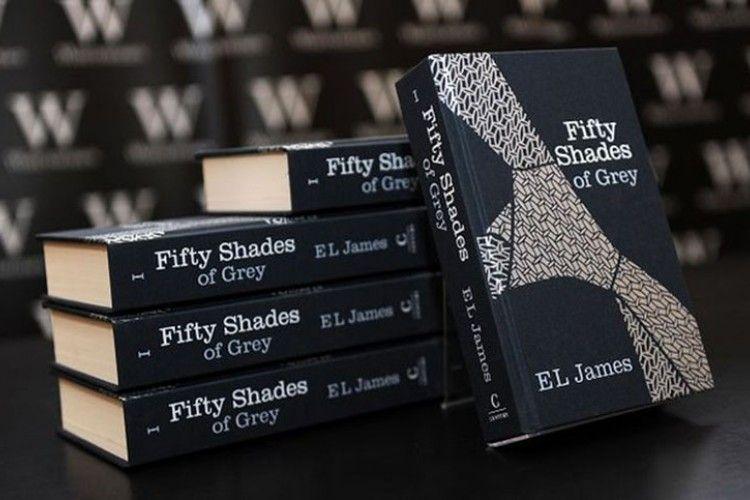 Menurut Peneliti, Ini Manfaat di Balik Membaca Novel Erotis