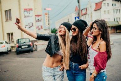 Buat Kamu dan Sahabat, 5 Momen Ini Pasti Pernah Kamu Rasakan