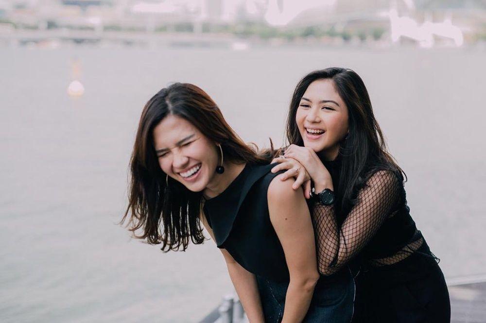 5 Persahabatan Artis yang Layak Disebut Sister Goals