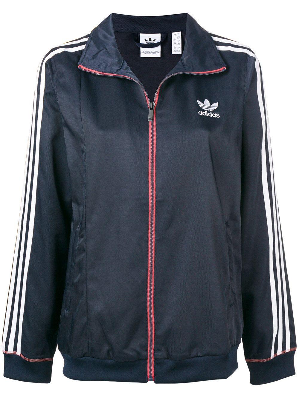 #PopbelaOOTD: Jaket Olahraga Keren