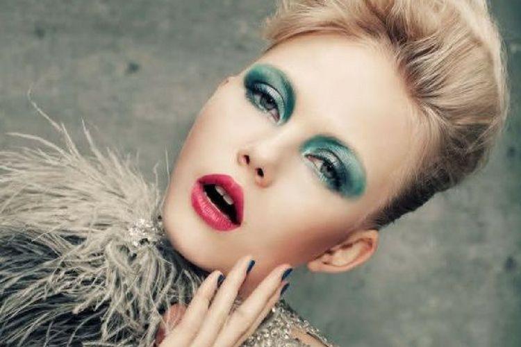 Ini Gaya Makeup Terbaik Untukmu Berdasarkan 4 Elemen Zodiak