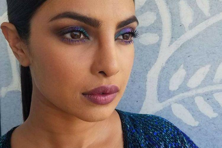5 Tips Memakai Eyeshadow Berwarna Bold agar Terlihat Menawan